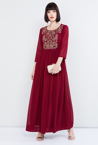MAX Floral Embroidery Maxi Dress