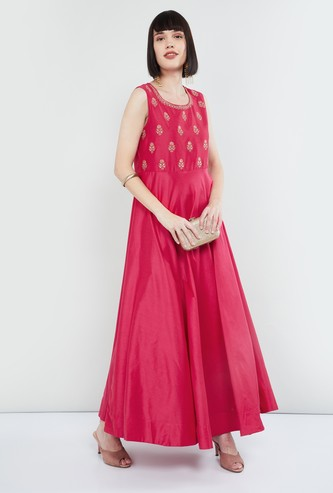 MAX Embroidered Maxi Dress