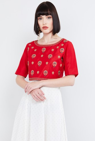 MAX Embroidered Round Neck Blouse