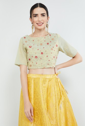 MAX Embroidered Short Sleeves Blouse