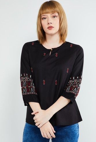 MAX Printed Top with Key-Hole Neckline