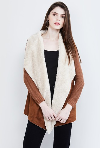 MAX Patterned Knit Shrug with Faux-Fur Trim