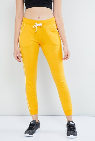 MAX Solid Joggers with Contrast Tappings
