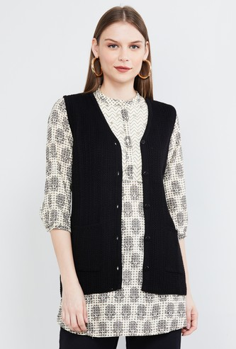 MAX Textured Sleeveless Sweater