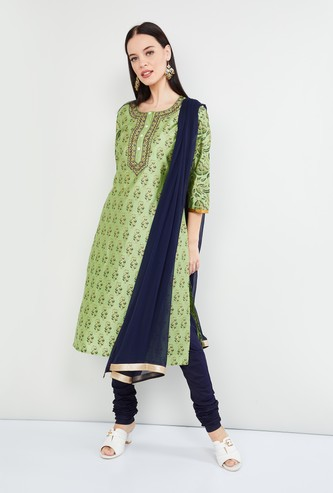 MAX Embroidered Kurta with Solid Churidar and Dupatta