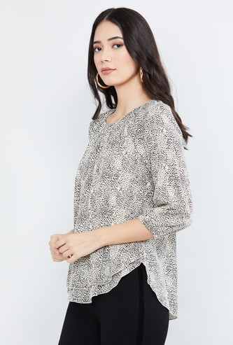 MAX Printed Pleated Top