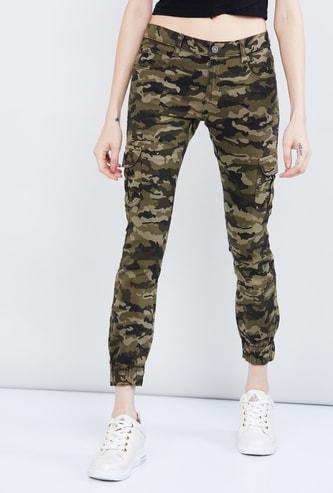 MAX Camouflage Print Slim Fit Denim Joggers