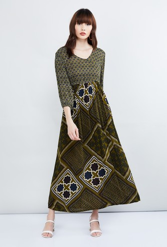 MAX Printed Three-quarter Sleeves Maxi Dress