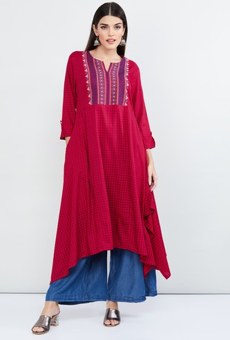 MAX Checked Asymmetric Hem Kurta