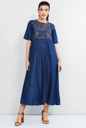 MAX Embroidered Short Sleeves Midi Dress