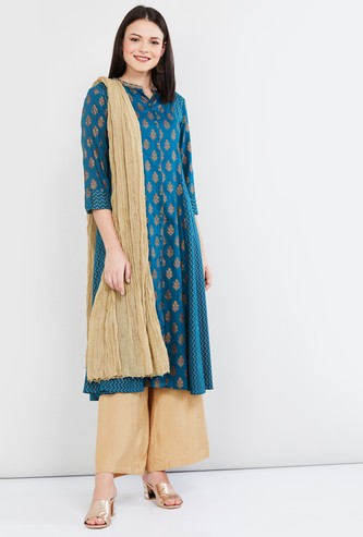 MAX Crushed Dupatta with Beaded Border