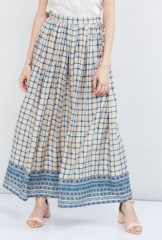 MAX Checked Tassel Tie-up Detail Skirt