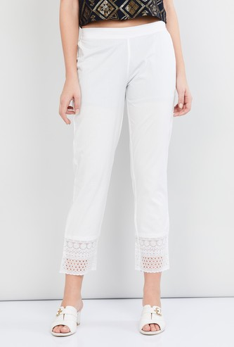 MAX Solid Schiffli Hem Cropped Trousers