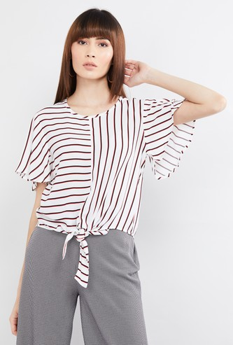 MAX Printed Top with Tie-Up Detail