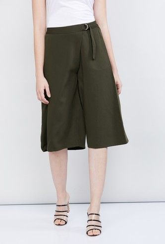 MAX Solid Woven Flared Shorts