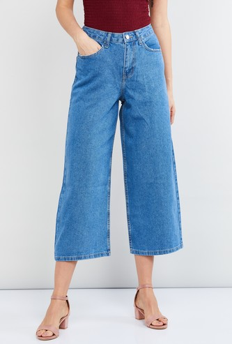 MAX Solid Flared Jeans