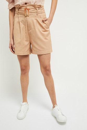 MAX Textured Pleated Shorts
