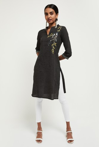 MAX Appliqued Straight Kurta with Face Mask