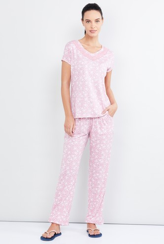 MAX Printed T-shirt and Elasticated Pyjamas