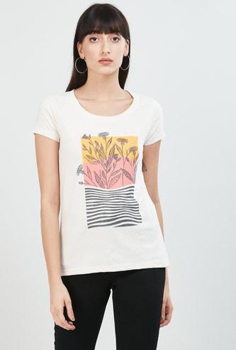 MAX Printed Round-Neck T-shirt