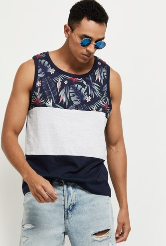MAX Colorblocked Crew Neck Sleeveless T-shirt