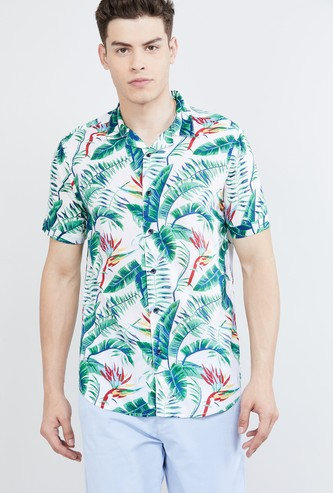 MAX Tropical Print Short Sleeves Slim Fit Casual Shirt