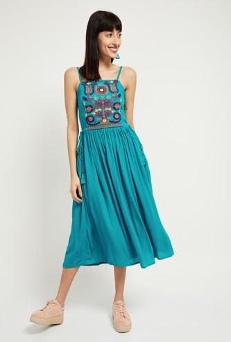 MAX Embroidered Sleeveless Fit and Flare Dress