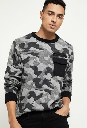 MAX Camouflage Print T-shirt with Flap Pocket