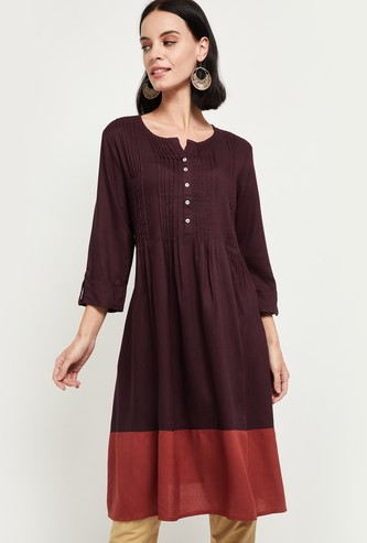 MAX Colourblock Three-quarter Sleeves Kurta