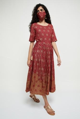 MAX Printed Short Sleeves A-line Dress with Mask