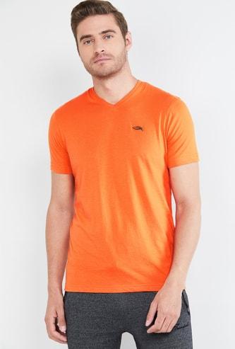 MAX Solid Short Sleeves Regular Fit T-shirt