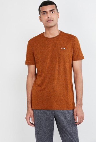 MAX Solid Slim Fit Crew Neck T-shirt