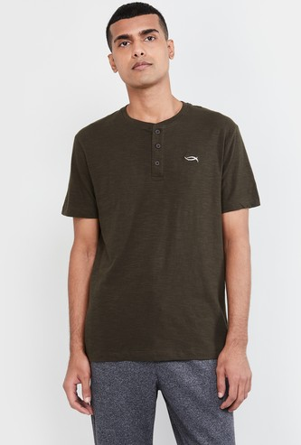 MAX Solid Regular Fit Lounge T-shirt