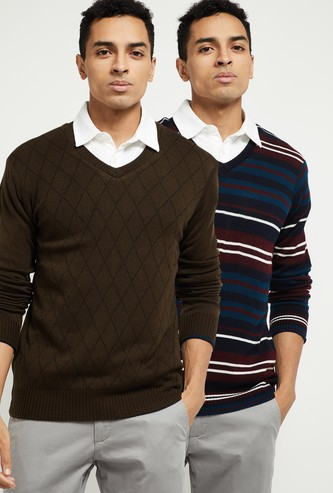 MAX Reversible V-neck Sweater