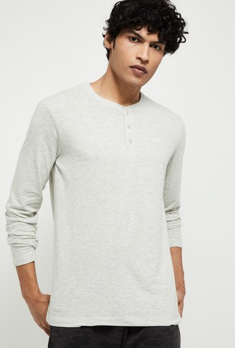 MAX Solid Henley Lounge T-shirt