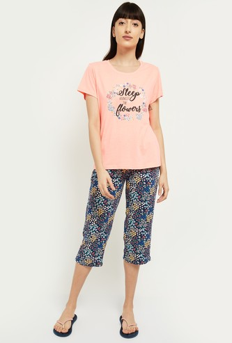 MAX Typographic Print Lounge T-shirt with Capris