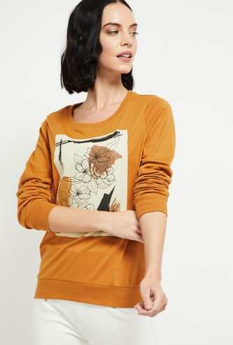 MAX Graphic Print T-shirt with Long Sleeves