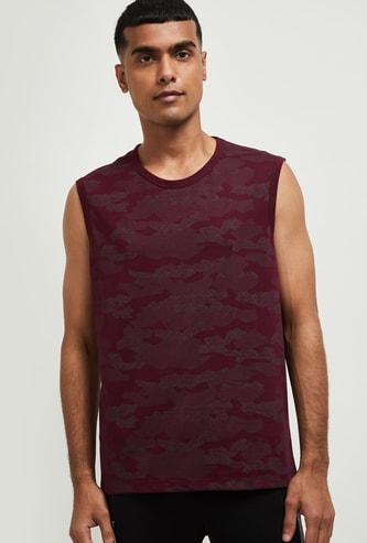 MAX Camouflage Print Sleeveless T-shirt