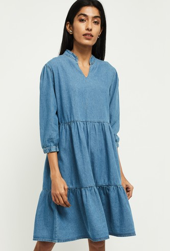 MAX Solid Three-quarter Sleeves Shift Dress