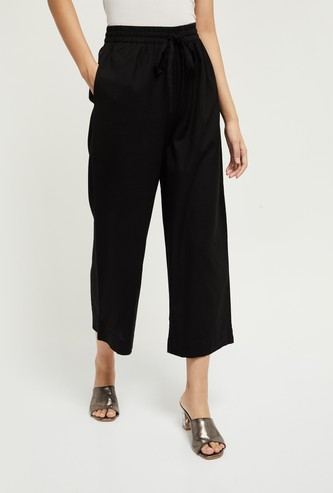 MAX Solid Elasticated Cropped Flared Pants