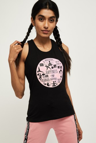 MAX Graphic Print Sleeveless T-shirt