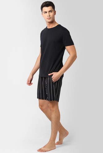 PETER ENGLAND Solid Loungewear T-shirt with Shorts