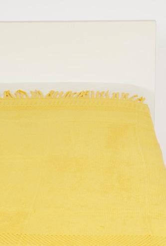 Textured Throw with Tassel Detail - 152x127 cms