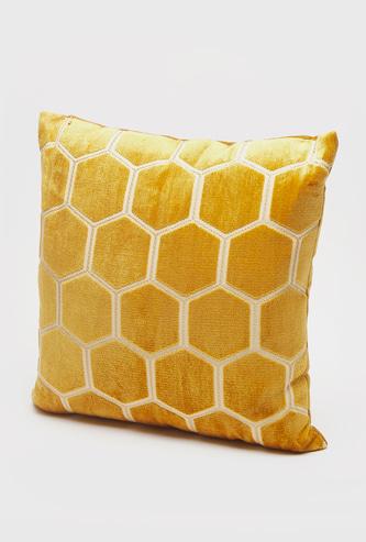 وسادة محشوة بنمط قرص العسل - 43x43 سم