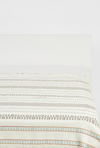 Textured Throw with Fringes - 152x127 cms