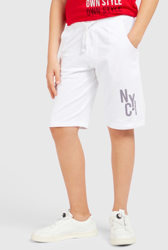 Text Print Knee-Length Shorts with Drawstring Closure and Pockets
