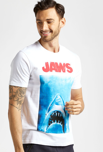 Slim Fit Jaws Graphic Print T-shirt with Crew Neck and Short Sleeves