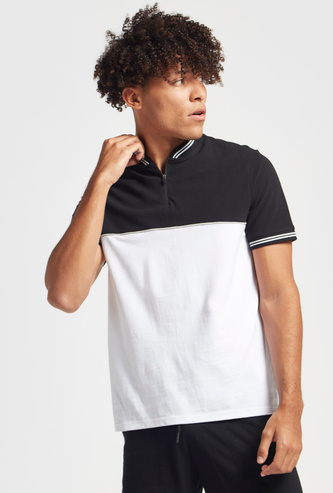 Piping Detail T-shirt with Zip Closure and Short Sleeves