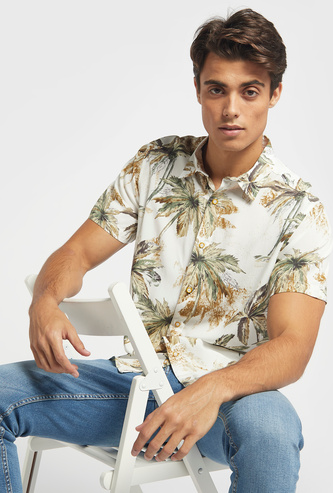 Tropical Print Shirt with Short Sleeves and Collar