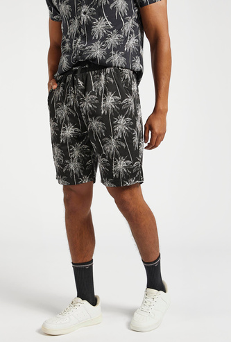 Slim Fit All-Over Palm Print Mesh Shorts with Pocket Detail